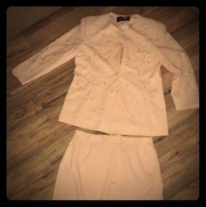 Dresses & Skirts - Womens PEACH Suit 18